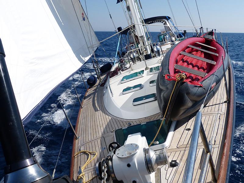 Bogey 1 Sailing